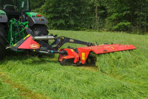 VI EXTRA 632T Farmer 003.jpg