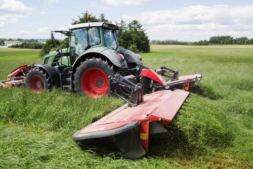 Vicon EXTRA 7100T Vario- Efficient Butterfly Mower Combination